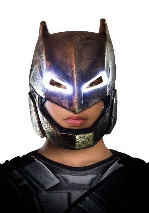Dawn of Justice Adult Light-Up Armored Batman Mask