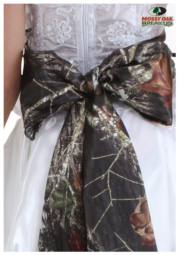 Mossy Oak Giant Bow Bridal Sash
